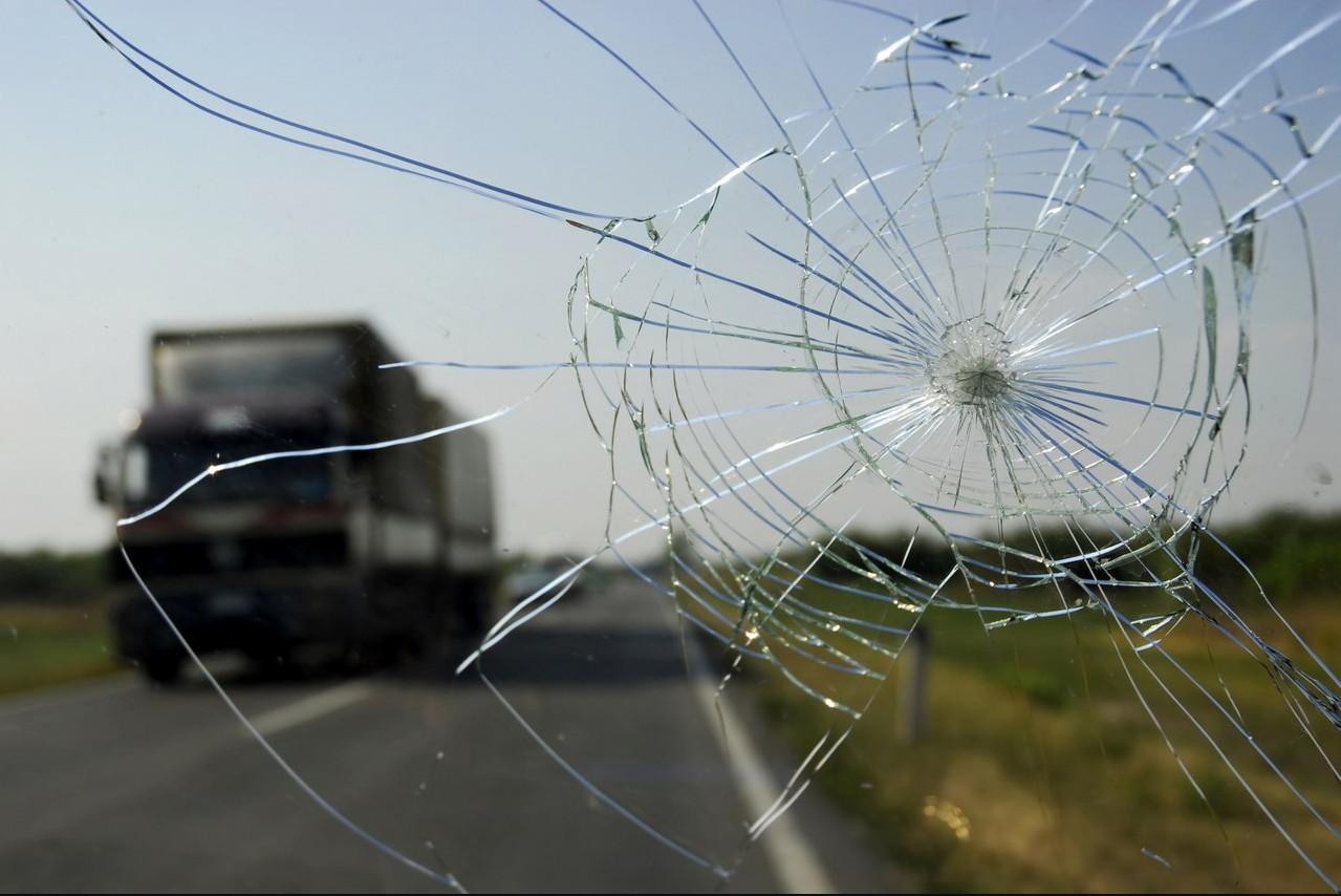Бизнес-идея ремонта трещин на лобовом стекле автомобилей