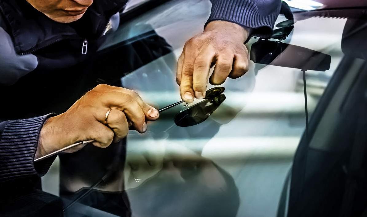 как организовать бизнес по ремонту трещин на лобовом стекле автомобилей