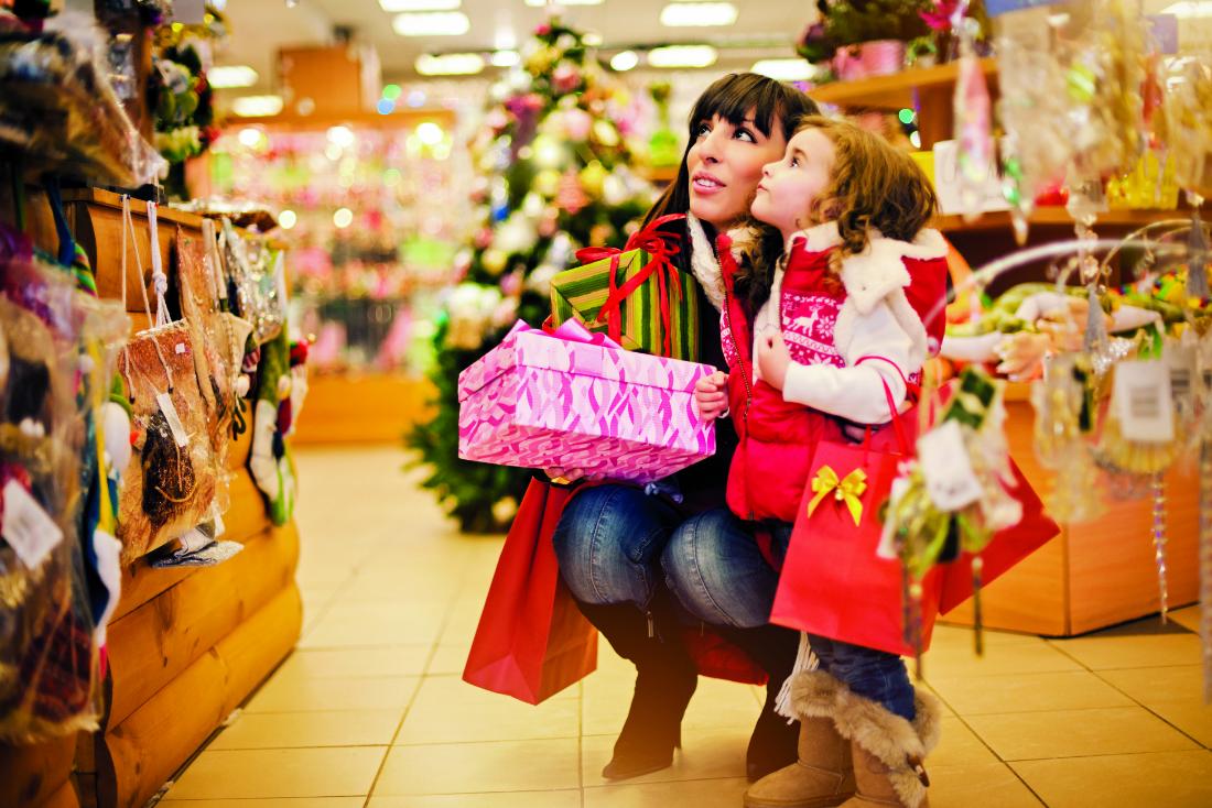 как организовать открытие магазина праздничных подарков